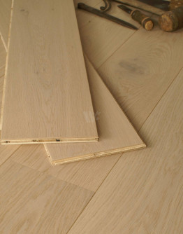 19CM Engineered Oak Planks EC24